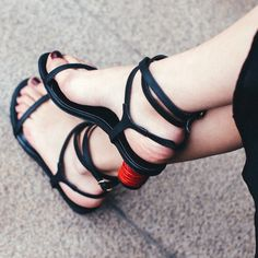 53.60$  Buy here - http://ai9vt.worlditems.win/all/product.php?id=32800790057 - Fashion Simple Black Sandals 2017 New Arrival Sexy Beautiful Thick Heels Strap Buckle Womens Summer Shoes Hot Selling Footwear