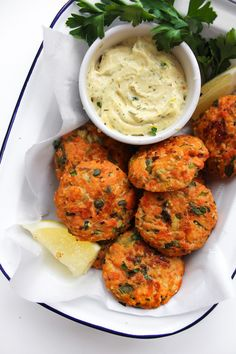 Mini Paleo Salmon Cakes served with a lemony herb aioli Includes notes on how to make this FODMAP friendly | Gluten Free + Dairy Free