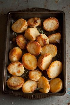 how to make the best roast potatoes | Drizzle and Dip. I just made similar ones for New Years and they were a hit!