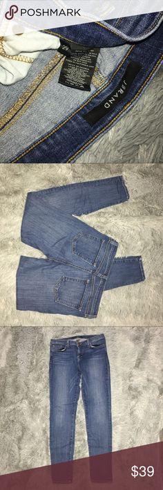 "J Brand Skinny Leg Jeans Size 29 J Brand Skinny Leg Jeans Size 29, inseam is approx. 28 1/4"", rise is approx. 8 1/2"" to the top of the waistband. J Brand Jeans Skinny"