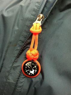 High visibility paracord button compass zipper pull - Paracordist Creations LLC