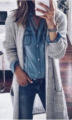 31 Cardigan and Sweaters You Should Buy This Winter/Fall To Keep You Hot - Style Spacez Source by katharinahoneyb outfits fashionista Fashion 2017, Look Fashion, Winter Fashion, Fashion Outfits, Womens Fashion, Spring Fashion, Fashion Ideas, Fashion Tips, Fashion Check