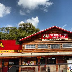 Rudy's Country Store & Bar-B-Q is a BBQ Joint in Austin, TX, US popular with Students, Stoners