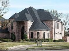 Which San Antonio Roofing Contractor Should You Hire?