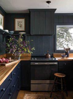 Kitchen Update and Inspiration Pictures   Wildflower Home Black Kitchen Decor, Black Kitchen Cabinets, Black Kitchens, Kitchen Paint, Home Decor Kitchen, Kitchen Interior, Cool Kitchens, Kitchen Ideas, Kitchen Designs