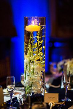 simple and beautiful dainty table center piece