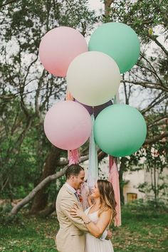 This giant balloon is a hot new trend for wedding and event decor! As seen in Style Me Pretty...  Balloons are a classic way to add colour
