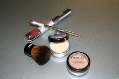 '5 pc. Demure Mineral Make-up Kit' is going up for auction at  4pm Mon, Aug 12 with a starting bid of $6 it will show around Tues. 6:30pm .