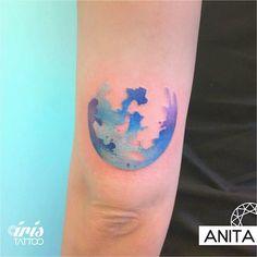 Luna de lunes  Tattoo by Anita #iristattoo #tattoo #tatuaje #tattooart #tattooartist #tattoostudio #tattoopalermo #palermo #tattoobuenosaires #buenosaires #customtattoo #acuarela #acuarelatattoo #watercolor #watercolortattoo #ink
