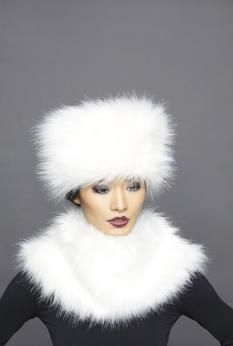 Hatters in London, Lock & Co are London's Hatters on St James's Street Piccadilly with Many Stylish and Traditional Hats Including Tweed Caps White Hats, Fur Hats, Love Hat, Saint James, Long Winter, Hair Ornaments, Photo Reference, Winter Is Coming, Classy And Fabulous