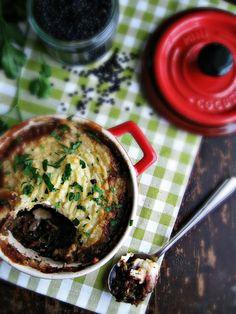 sweetsugarbean: Lentil & Kale Shepherd's Pie with Roasted Garlic Potatoes
