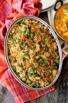 Tawa pulao recipe is Mumbai& best street food veg rice dish made on a flat griddle. Learn how to make tawa pulao bombay style, a gem among pulao recipes. Veg Recipes, Indian Food Recipes, Vegetarian Recipes, Cooking Recipes, Ethnic Recipes, Paneer Recipes, Curry Recipes, Vegan Vegetarian, Snack Recipes