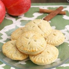 Apple Pie Cookies: a mini handheld version of one of my favorite classic fall desserts