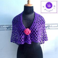 Crochet lace shawl patterns are brilliant to have on-hand for spring but, honestly, they work year-round. Find free crochet lace shawl patterns here. Crochet Shawl Free, Crochet Shawls And Wraps, All Free Crochet, Crochet Scarves, Crochet Clothes, Knit Crochet, Crochet Hats, Shawl Patterns, Crochet Flower Patterns
