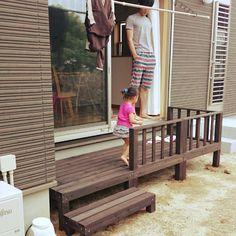 fukiさんの、洗濯干場,庭,こどもと暮らす。,ウッドデッキ,平屋,玄関/入り口,のお部屋写真