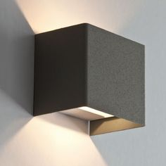 Tob - Arcadia Lightwear disponibile anche in corten