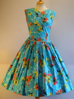 BRIGHT & SRIKING FLORAL PRINT VINTAGE 1950S COTTON FULL SKIRT DRESS & BELT 12