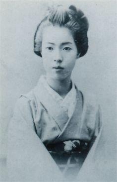徳川孝子(徳川美人三姉妹の二女、明治時代の美人ランキング)