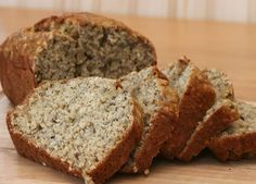 Try this delicious porridge bread recipe. Perfect for breakfasts or a healthier lunch. This fool proof recipe is so easy to make! Banana Bread Coconut Oil, Banana Bread French Toast, Zucchini Banana Bread, Healthy Banana Bread, Breakfast Bread Recipes, Healthy Bread Recipes, Banana Bread Recipes, Healthy Desserts, Healthy Food