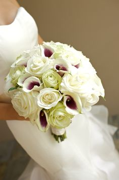 Picaso calla lillies and white rose bridal bouquet- Flowers by Heidi  Four Seasons Resort Hualalai Weddings