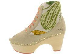 Schoenen - Gram: 358g | Buitenkant Clogs, Oxford Shoes, Amazing, Women, Fashion, Clog Sandals, Moda, Fashion Styles, Fashion Illustrations