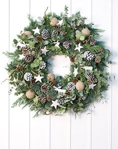 Classic - White Nordic Christmas Wreath - Philippa Craddock