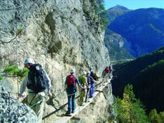 30° TV - Actualités Switzerland, Mount Rushmore, Mountains, Tv, Nature, Travel, Places To Visit, Tourism, Voyage
