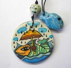 Tiere und Kunst von Herbivore11 - Amulett - Der Fisch und sein Schirm
