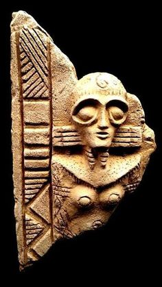 Ancient-astronaut-Inanna-Sitchen Found it the Iran museum(?) and made famous by…