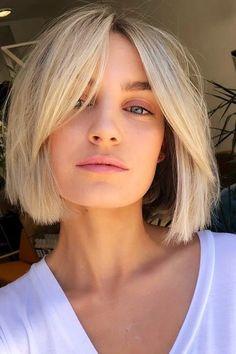 Short Hair With Bangs, Short Hair Cuts, Models With Short Hair, Blonde Lob With Bangs, Short Blond Hair, Bangs Short Hair, Styling Short Hair Bob, Bob Hair Cuts, Blonde Blunt Bob