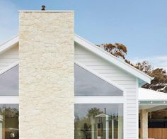 Coastal luxe meets Hamptons style in this Mornington Peninsula home Hamptons Style Homes, Hamptons House, The Hamptons, Brick Facade, Facade House, Coastal Homes, Coastal Living, Brick Studio, Coastal Paint Colors