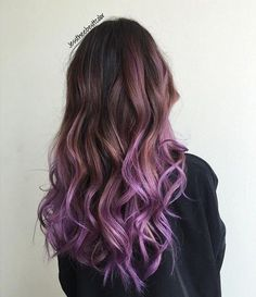 Die schönsten Pastell lila Haar Ideen The most beautiful pastel purple hair ideas # ideas Brown To Purple Ombre, Pastel Purple Hair, Purple Balayage, Dyed Hair Pastel, Brown Ombre Hair, Hair Color Purple, Light Brown Hair, Purple Wig, Ombre Color