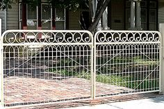 Gates and wire are wrapped for delivery. Description from resurrection.com.au. I searched for this on bing.com/images