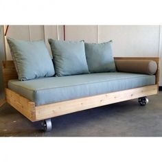 Lowcountry Swing Beds Isle of Palms Indoor/Outdoor Daybed – The Swinging Porch Futon Bedroom, Diy Daybed, Outdoor Daybed, Futon Sofa, Indoor Outdoor, Futon Mattress, Futon Design, Porch Bed, Porch Swing
