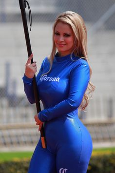Spandex Sexy babes in