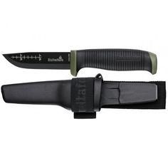 Odolný outdoorový nôž, plastové puzdro v odolnom textilnom pútku s vreckom na kresadlo. Vhodné pre opasky do 80cm. Čepeľ so škandinávskym výbrusom, 3 mm hrubá z uhlíkovej ocele kalená na tvrdosť 58-60 HRC. Ochrana pred koróziou kataforézou. Čepeľ vhodná pre použitie kresadla. Protišmyková rukoväť potiahnutá SANTOPRENE. Hrúbka čepele: 3mm Dĺžka čepele 93mm Celková dĺžka: 225mm