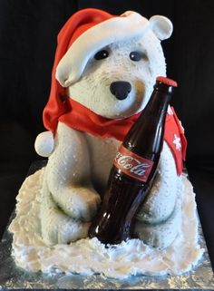 How do Americans know Christmas is near? The Coca Cola cans have an adorable Coca Cola polar bear on them. All of america can recognize the Coca Cola polar bear and this adorable bear makes an emotional connection when Christmas comes around. Coca Cola Cake, Coca Cola Polar Bear, Cupcakes, Cupcake Cookies, Pepsi, Cake Pops, Cocoa Cola, Coca Cola Christmas, Always Coca Cola