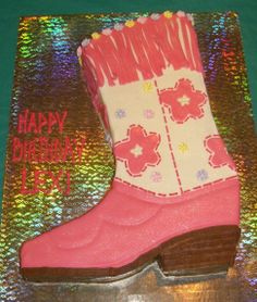 boot - the pink parts are MMF, the rest is buttercream, cut from a 9x13.