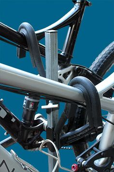 iSi Advanced Bicycle Carrier and Bike Rack Systems Bike Carrier Rack, Bike Rack, Bike Hitch, Land Cruiser 80, Mt Bike, Land Rover Discovery 2, Racking System, 4x4, Wood Working