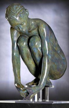 Bronze sculpture by Marie-Paule Deville-Chabrolle, Pottery Sculpture, Lion Sculpture, Fotografie Portraits, Oeuvre D'art, Figurative Art, Amazing Art, Art Photography, Art Gallery, Painting