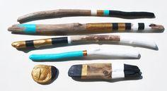 painted sticks treibholz driftwood Treibholzkunst von Findelkind