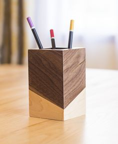 Pencil Holder Wood – Desk Accessories #woodworkingprojects #wood #trends2018