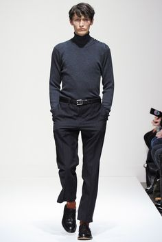 http://www.style.com/slideshows/fashion-shows/fall-2015-menswear/margaret-howell/collection/4