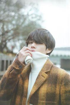 """Taehyung's versatile fashion & being a fashion icon — a thread"" Foto Bts, Foto Jungkook, Bts Photo, Jimin, Bts Taehyung, Taehyung Fanart, Kpop, V Bts Cute, V Bts Wallpaper"