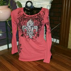 Vocal Bling Long Sleeve Top Adorable long sleeve bling top! Has bling on the front, down the left arm, and down the right side! In perfect condition! No Bling missing, no rips, and no stains! *NO TRADES* *Wanna make an offer?? Use the OFFER BUTTON!* Vocal Tops Tees - Long Sleeve