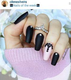 Black & soft pink