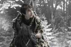 """Game of Thrones: Bran Stark (Isaac Hempstead Wright) season 6 episode 10 """"The Winds of Winter"""" Game Of Thrones Theories, Game Of Thrones Episodes, Game Of Thrones Tv, Isaac Hempstead Wright, The Winds Of Winter, Winter Is Here, Winter Is Coming, Real Madrid, Watchers On The Wall"""