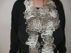 free pattern for crochet ruffle scarf | Ruffle Scarf Tutorial - Meladora's Free Crochet Patterns & ... | To M ...