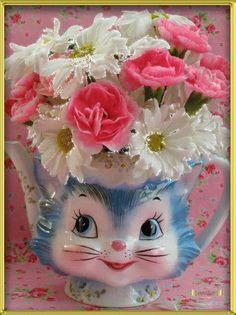 Flores são flores vivas num jardim Flores são flores colhidas sem dó Por alguém que ama e não quer ficar só. ― Cazuza