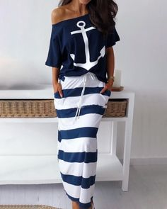 Boat Anchor Print T-Shirt & Striped Skirt Sets - Mode für frauen - Outfits Mode Outfits, Fashion Outfits, Womens Fashion, Grunge Outfits, Latest Fashion, Fashion Pattern, Anchor Print, Stripe Skirt, Striped Maxi